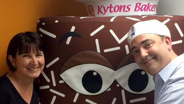 084 – Kytons Hot X Buns